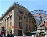 Shopping bei Globetrotter Köln