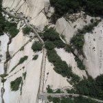 Gefährliche Wanderung auf dem Mount Hua